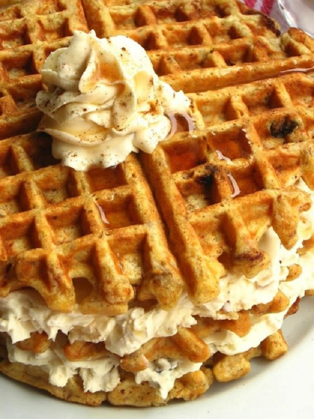 15-Tasty-Foods-Made-With-The-Waffle-Iron-6