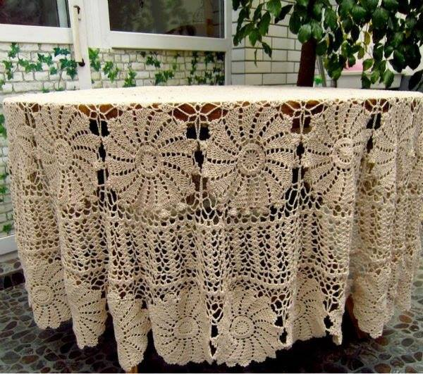 Vintage-Handmade-Crochet-Tablecloth-2