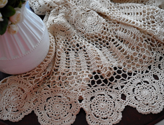 Vintage-Handmade-Crochet-Tablecloth-6