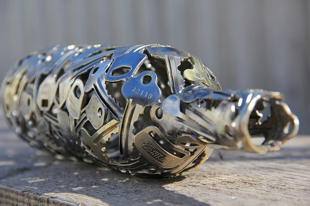 Sculptures-from-Keys-and-Coins-5