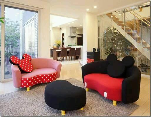 mickey-sofa-1