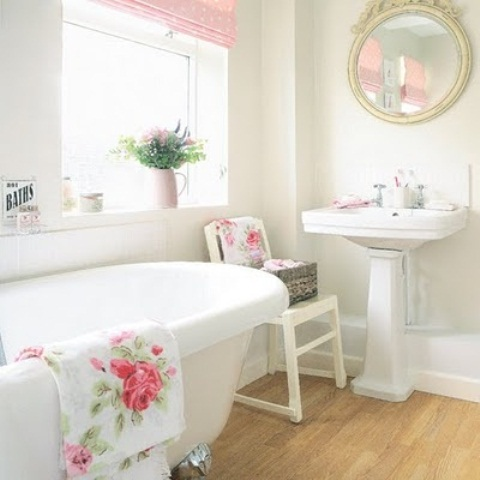 Feminine-Bathroom-Design-16