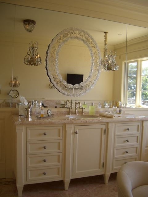 Feminine-Bathroom-Design-19