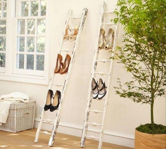 shoe-rack-ladder-idea-old-white-wooden-ladder-storage-ladder-furniture-interior-creative-storage-ladder-ideas-535x482