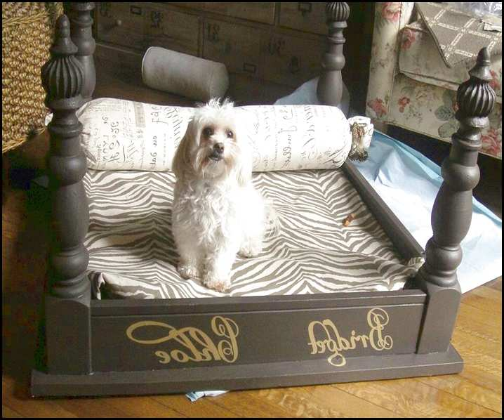 royal-pet-bed-from-old-table-dip-feed-6