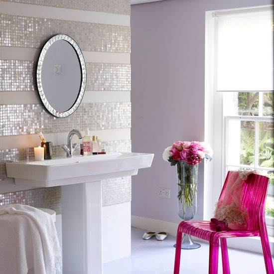 Feminine-Bathroom-Design-3