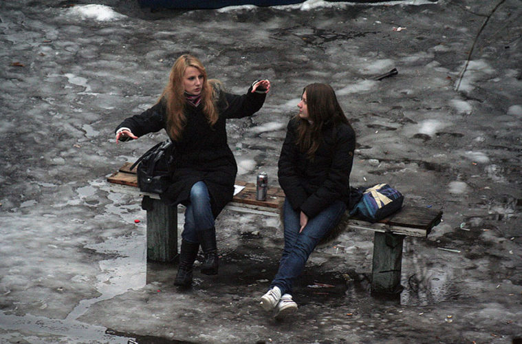 life on park bench photo series kiev ukraine yevhen kotenko 15 5a6add9017478 880