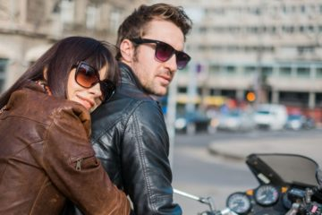 7d3ef991 f418 4458 ba6f 9bb22836b0da couple on motorocycle