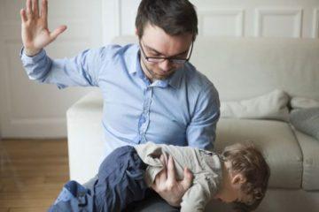 Les enfants qui subissent des fessees risquent de devenir violents quand ils grandissent 725x375
