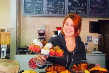 This 23 year old Restaurant Owner Is An Example Of Generosity She Gives All Her Unsold To The Poor