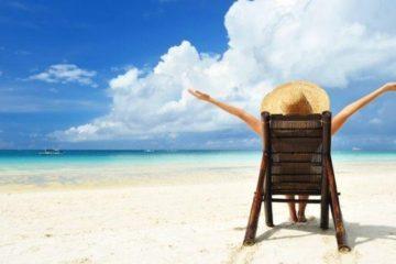 Des psychologues recommandent aux mamans de partir en vacances sans les enfants 725x375