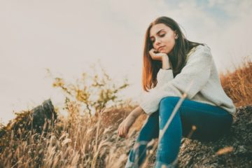 teen girl thinking 051517