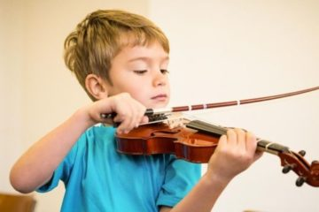 niño musica