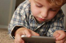 smartphone ai bambini donkid 1 640x321