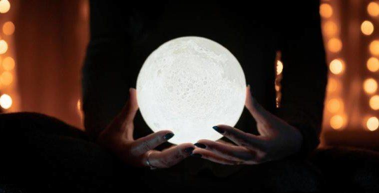 when next full moon lunar calendar 2020